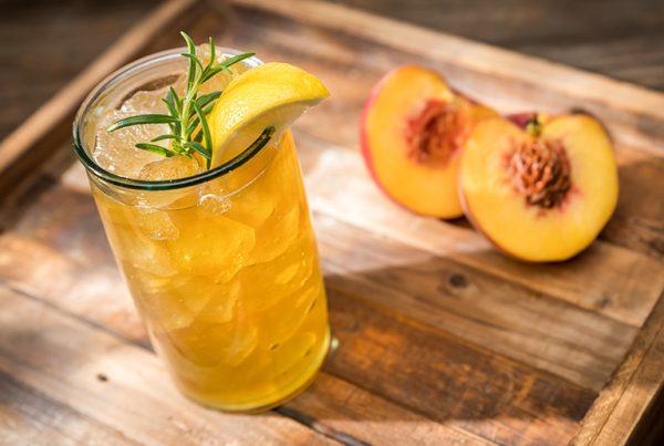 Uporia Peach Rosemary Arnold Palmer
